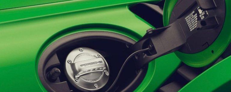 Porsche aponta a carros com e-fuel tão limpos como os veículos elétricos
